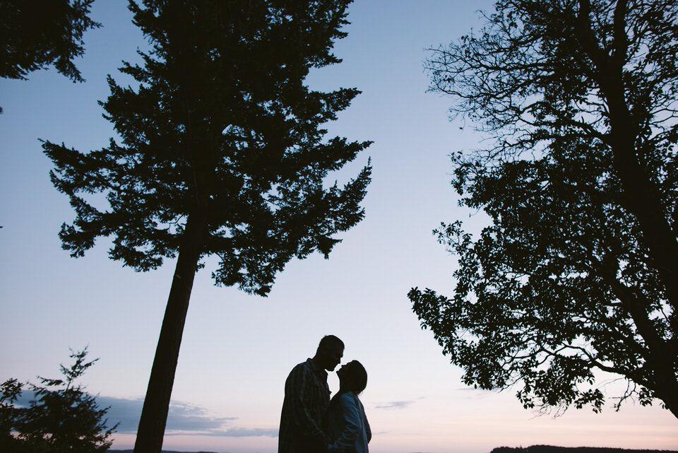Tacoma engagement Photographer Kyle Larson