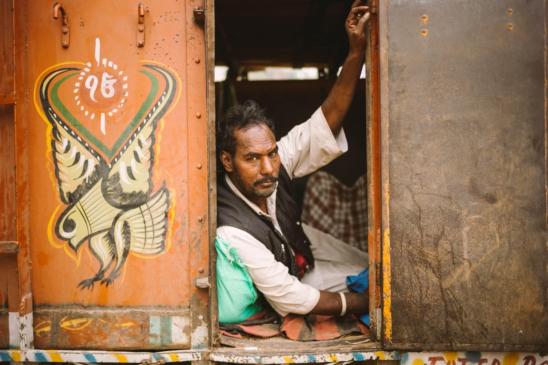 manakarin-india-kyle-larson