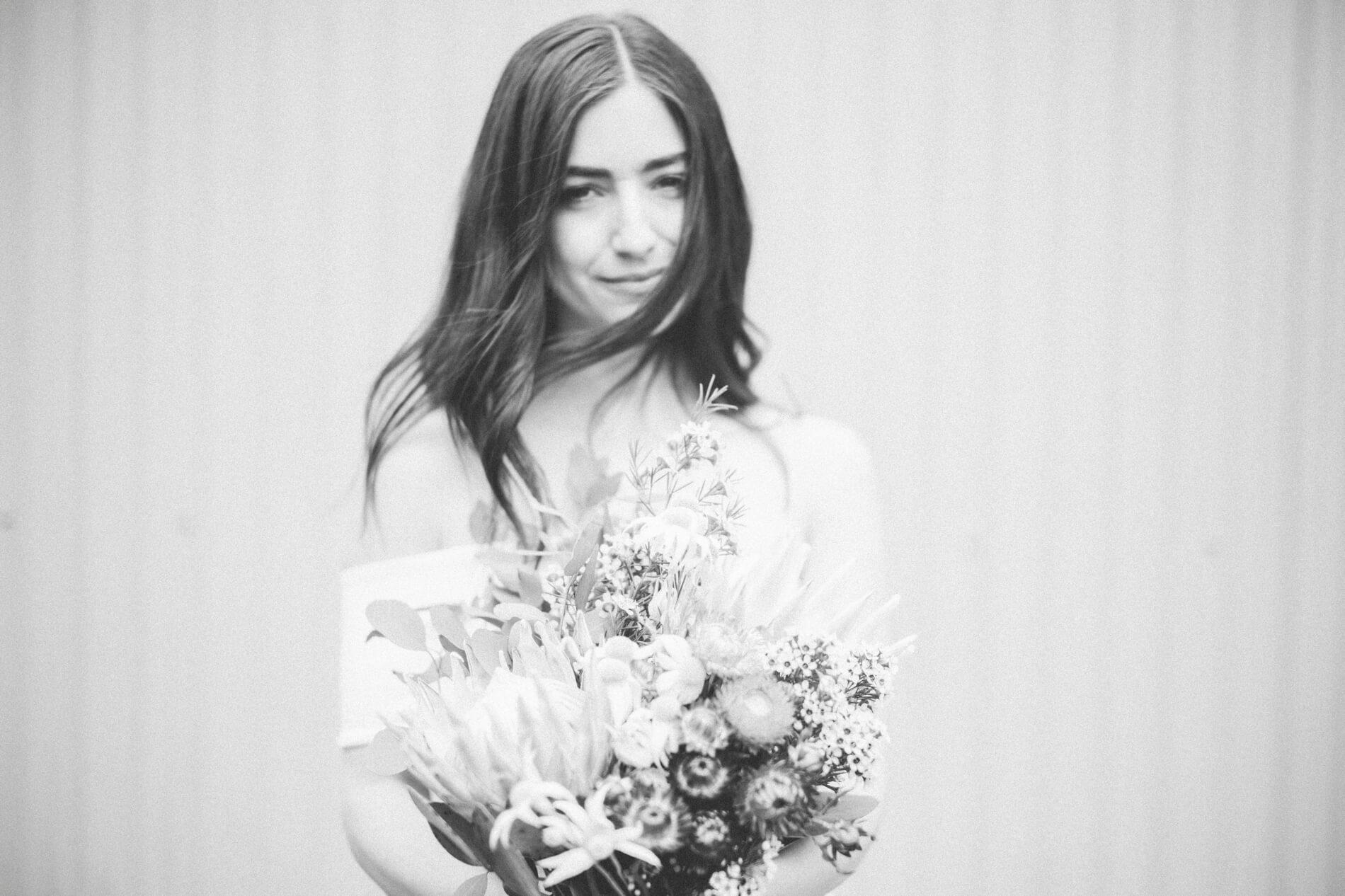 kat-henry-intimate-merri-creek-wedding-kyle-larson-photography